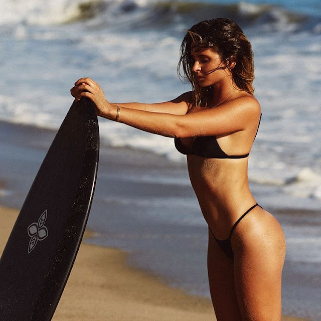 Everybody's gone surfin': Anastasia Ashley