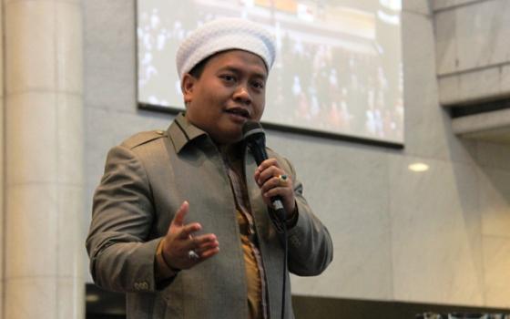 Sekretaris Dakwah MUI ini Nilai Pledoi Ahok Sangat Ngawur