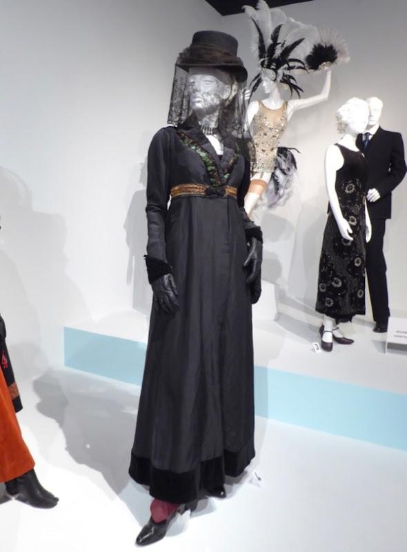 Oona Chaplin Taboo season 1 Zilpha Geary costume