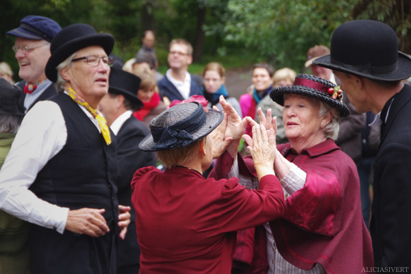 aliciasivert, alicia sivertsson, skansen, skansens höstmarknad, market, autumn, utklädd, utklädnad, dressed up, gammeldans, dans, dance, dancing