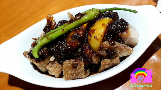 Binagoongang bagnet teaspoon cafe