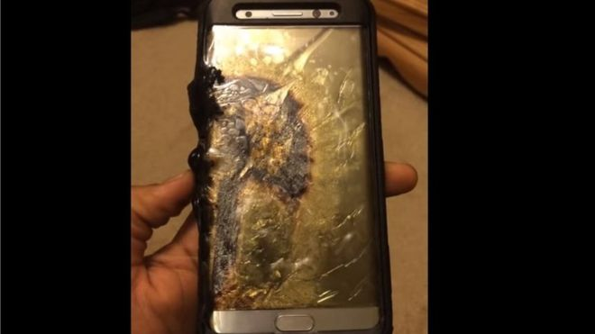 Samsung Galaxy Note 7 banned by more airlines over fire risk