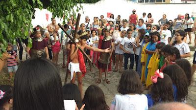 https://armaduracristao.blogspot.com/2019/04/via-sacra-das-criancas-na-paroquia.html