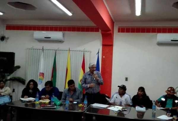 Suspenden paro cívico con bloqueo de caminos en Tupiza
