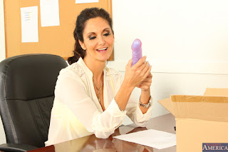 Ava-Addams-%3A-Fucking-in-the-desk-with-her-bubble-butt-%23%23-NAUGHTY-AMERICA-m6vw0qq44y.jpg