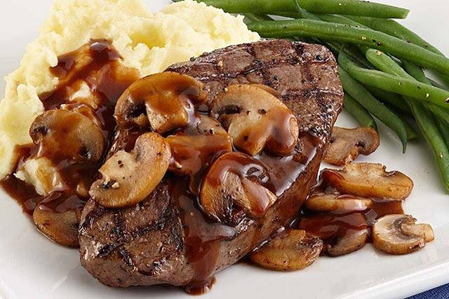 طريقة عمل ستيك اللحم بصوص المشروم