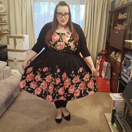 Lindy Bop Audrey' Pink Rose Border Swing plus size Dress