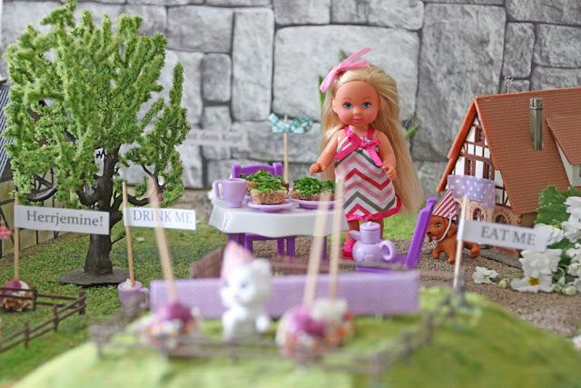 wolkenfees k chenwerkstatt alice im wunderland und marshmallow konfetti sticks. Black Bedroom Furniture Sets. Home Design Ideas