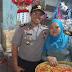 Jelang Natal dan Tahun Baru 2018, Kapolres Bersama Setda Sanggau Kunjungi Pasar Tradisional Pantau Perkembangan Harga Sembako