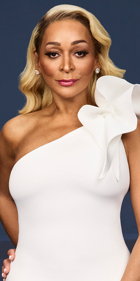 """potomac single women Real housewives of potomac star candiace dillard said her i dos  """"i would get crazy facebook messages from black women asking, 'i'm considering dating ."""