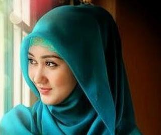 Foto Ibu Cantik Berhijab