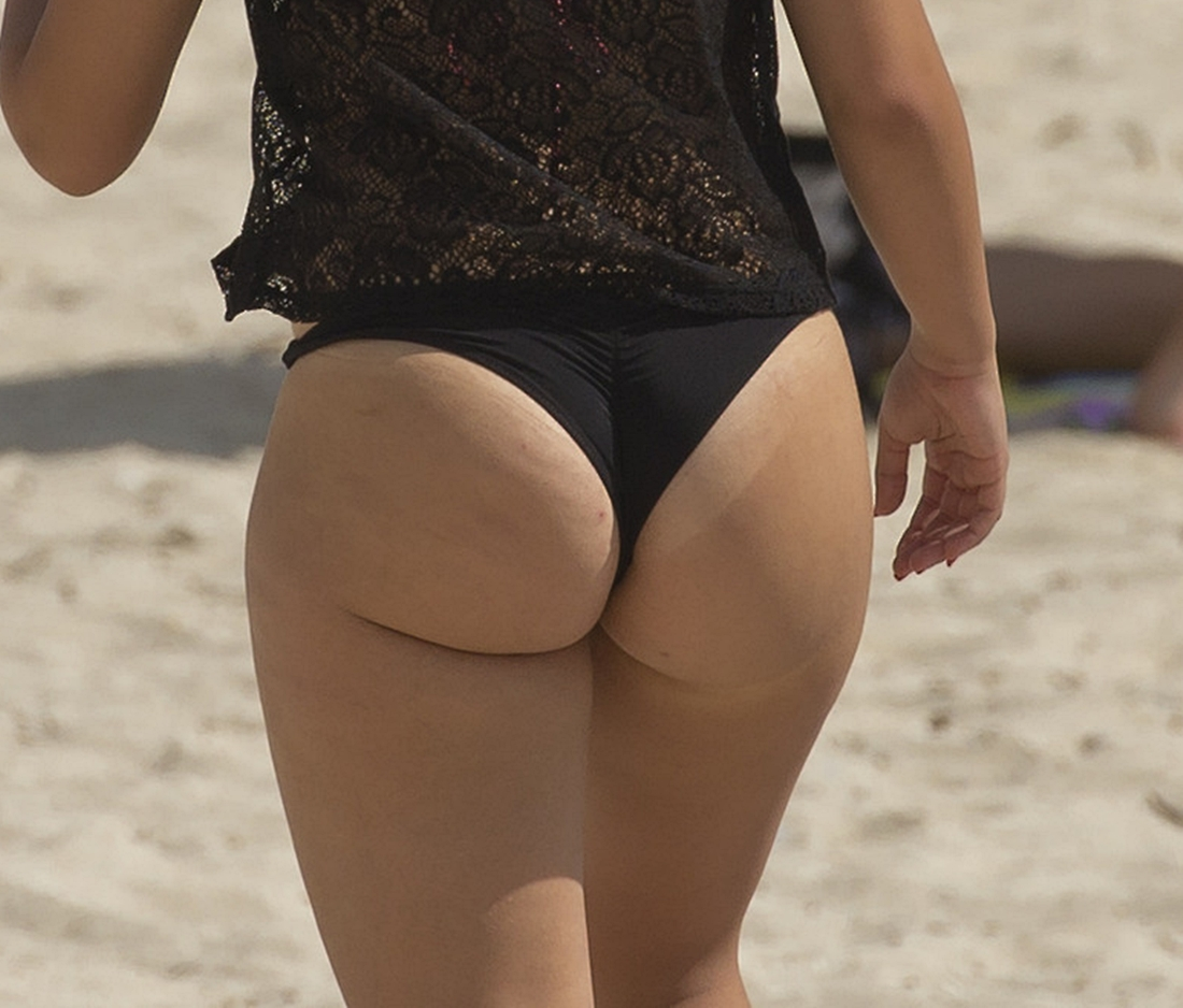 Candid beach bikini butt ass west michigan booty go fish