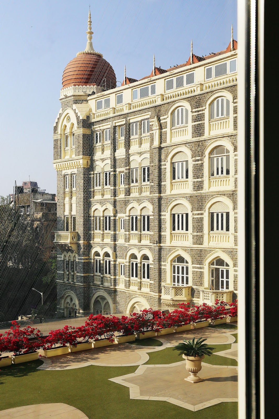 "Mumbai, India: A Luxurious Stay at the ""Grand Heritage"" Taj Mahal Palace Hotel"