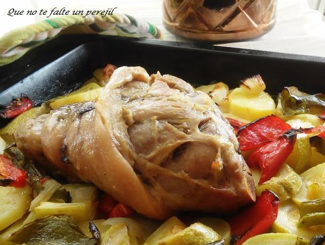 codillo_horno_patatas_verduras