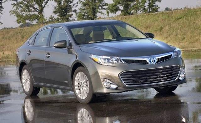 2018 Toyota Avalon Limited Hybrid Reviews
