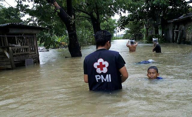 Tindaklanjuti Instruksi IYL, PMI Kerahkan Relawan Evakuasi Korban Banjir