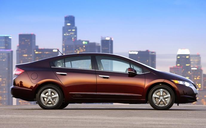 Honda Clarity 2017 có nhiều nét giống Honda Civic