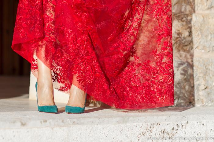 Blog Adicta a los zapatos con salones de punta afilada y tacón de Christian Louboutins