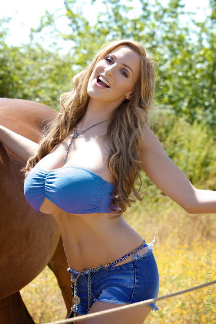 jordan-carver-quarter-horse-best-hot-photoshoot-sexy-image-in-hd-25