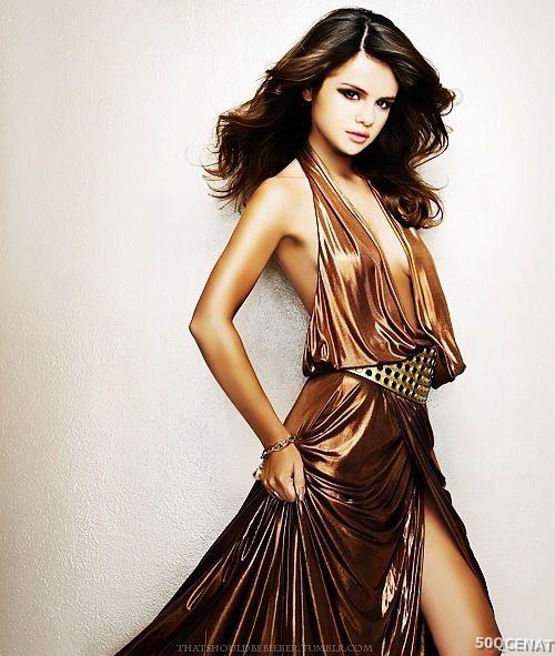 Selena Gomez Kimdir?-Xos Gelmisiniz