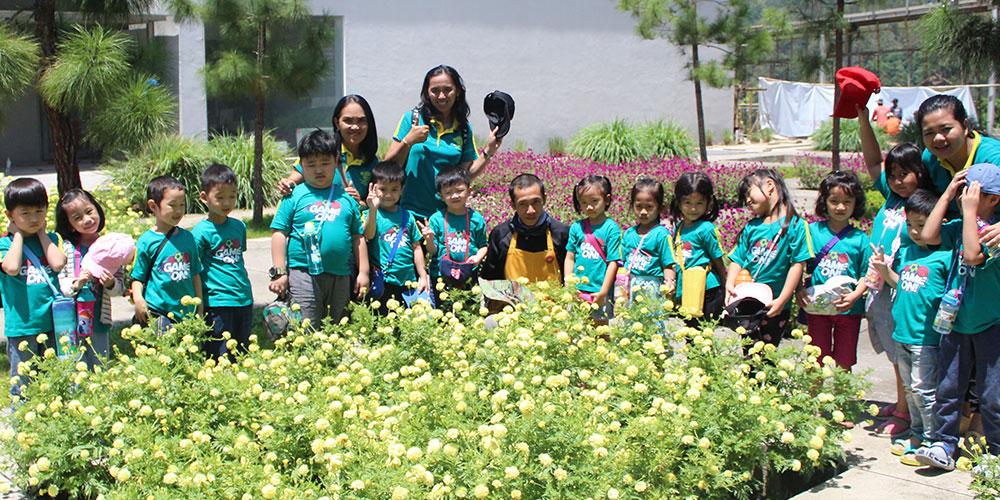Di Rumah Atsiri, Siswa TK Kalam Kudus Sehari Bersama Bunga-bunga