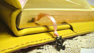 """Датированный ежедневник кожа: А5, блок с """"золотым"""" обрезом - желтый блокнот для мастера"""