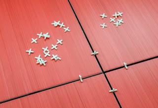Tile Spacer Untuk Jarak Nat Keramik Yang Rapi