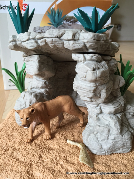 Schleich - the Cave PlaySet