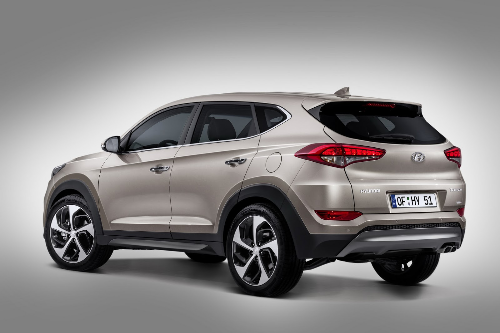 this is hyundai 39 s all new 2016 tucson compact suv carscoops. Black Bedroom Furniture Sets. Home Design Ideas