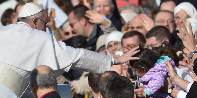 Orang Kristiani Harus Membantu Orang Menjumpai Yesus, Kata Paus Fransiskus