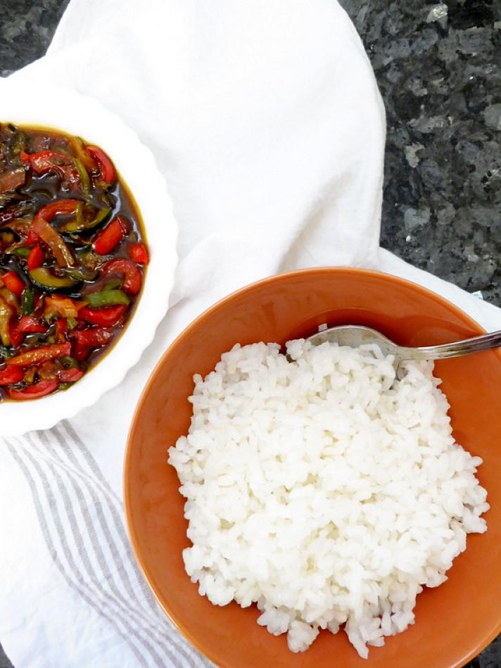 PUNTXET Receta de arroz oriental con verduras #receta #recipe #homemade #arroz #rice #comidaoriental #orientalfood #verduras #veggies #vegetarianfood