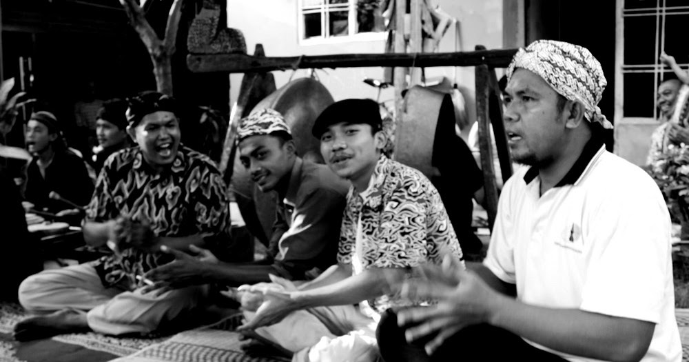 Dokmong & Stand up Comedy - Ranggon Seni