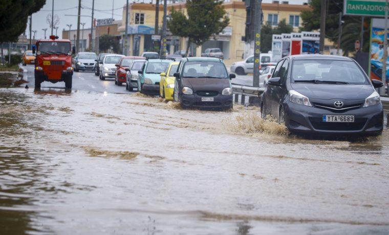 Βήμα – βήμα πώς θα χτυπήσει ο κυκλώνας Ζορμπάς σήμερα. Αναλυτική πρόγνωση του καιρού
