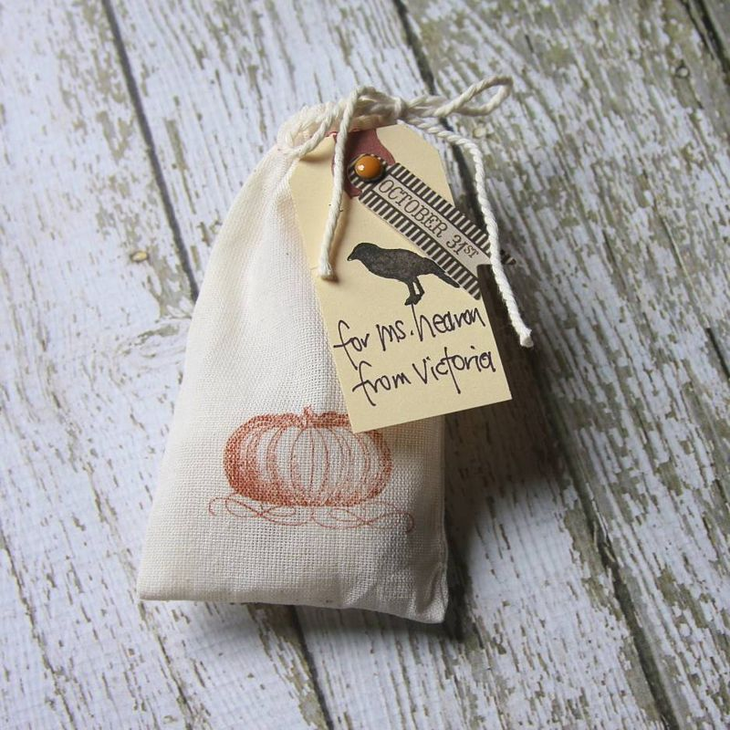 Halloween Treat Bags | iloveitallwithmonikawright.com