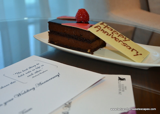 Anniversary Cake and Card from JW Marriott