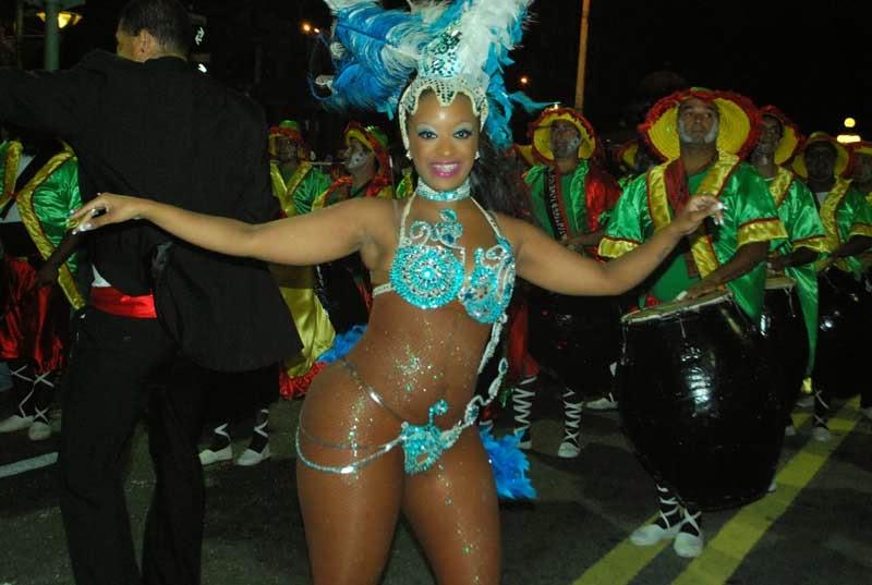 Desfile Inaugural del Carnaval. Senegal.