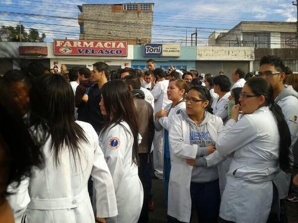 renuncian medicos del hospital pablo arturo suarez
