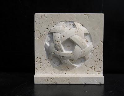 星網 トラバーチンの久保極の彫刻