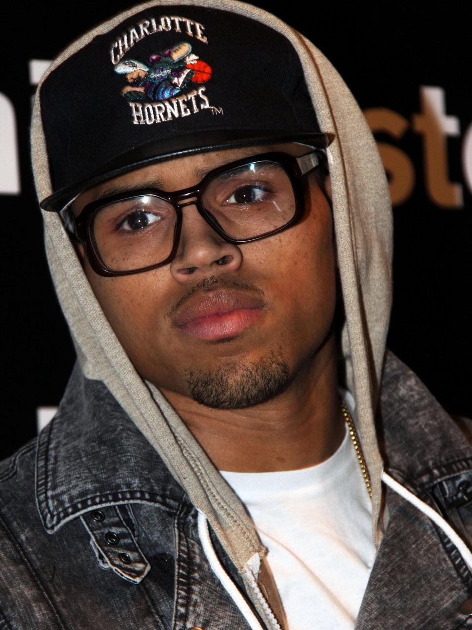 Sangria & Stilettos : On Chris Brown