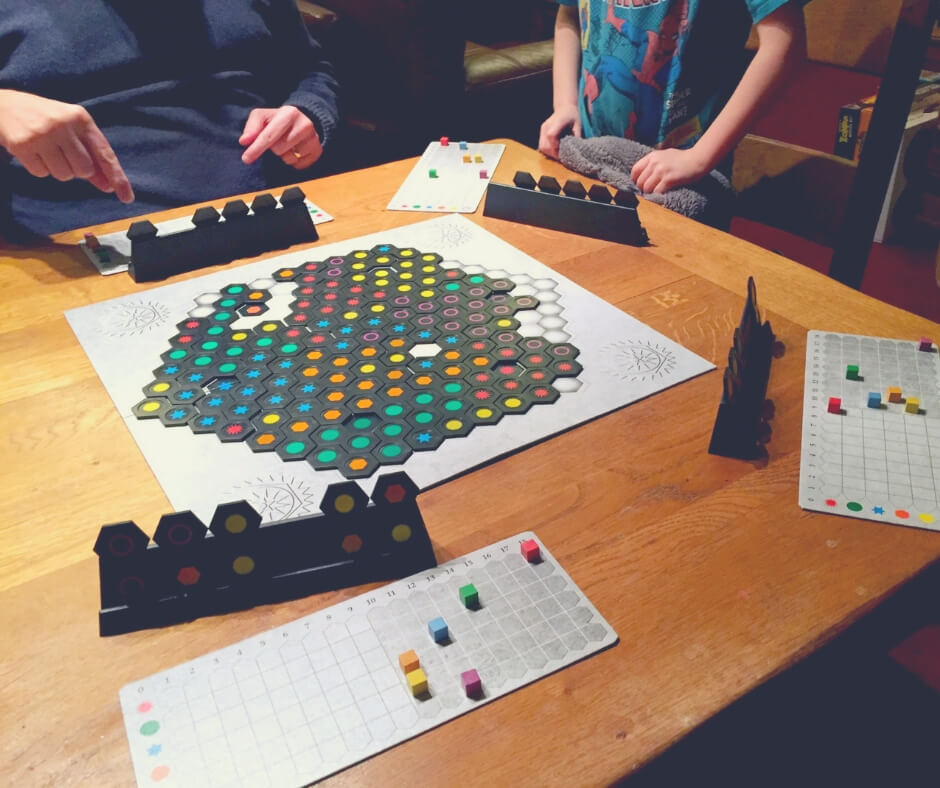 Why Spending Quality Time With Your Kids Is Good For You | Board games are a great way to spend time together, try Ingenious!