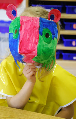 Free Cards Friday ~ Native American Masks with Preschoolers