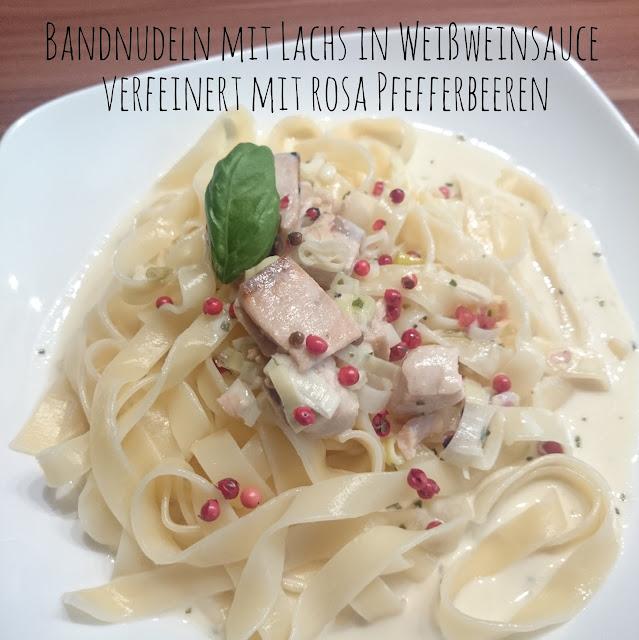 [Food] Bandnudeln mit Lachs in Weißweinsauce verfeinert mit rosa Pfefferbeeren  // Salmon with White Wine Sauce and pink pepper berries