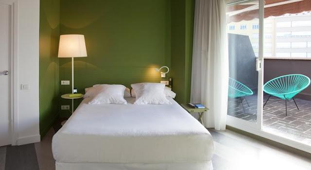Hotel Chic & Basic