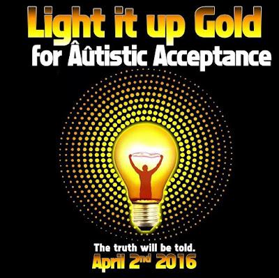 Obrázek se zlatou žárovkou a nápisem: Rozsviťte zlatou pro přijetí autismu