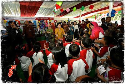 Penyerahan Anugerah PAUD tingkat nasional 2016
