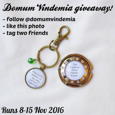 image domum vindemia giveaway purse hook hanger bag keyring keychain literature