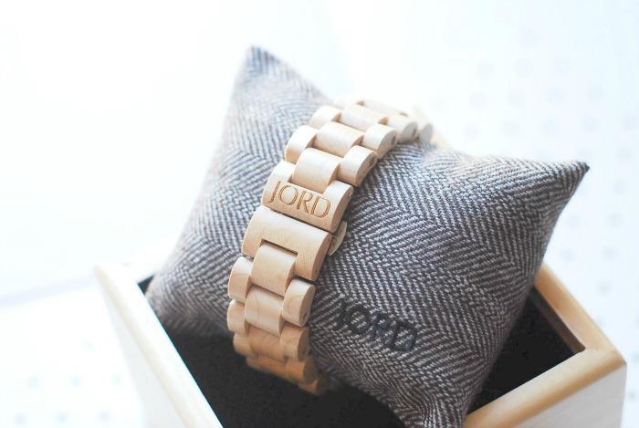 Jord Fieldcrest wood watch blog review