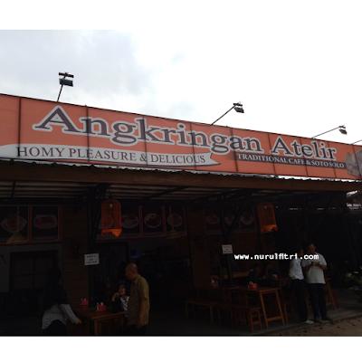 Angkringan Atelir Berdesain Khas Jawa, di Tanah Sunda