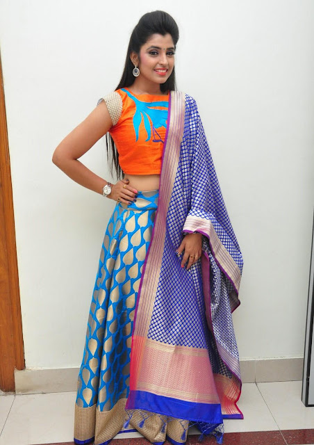 Anchor Shyamala in Lehenga at Chiranjeevi Birthday Celebrations