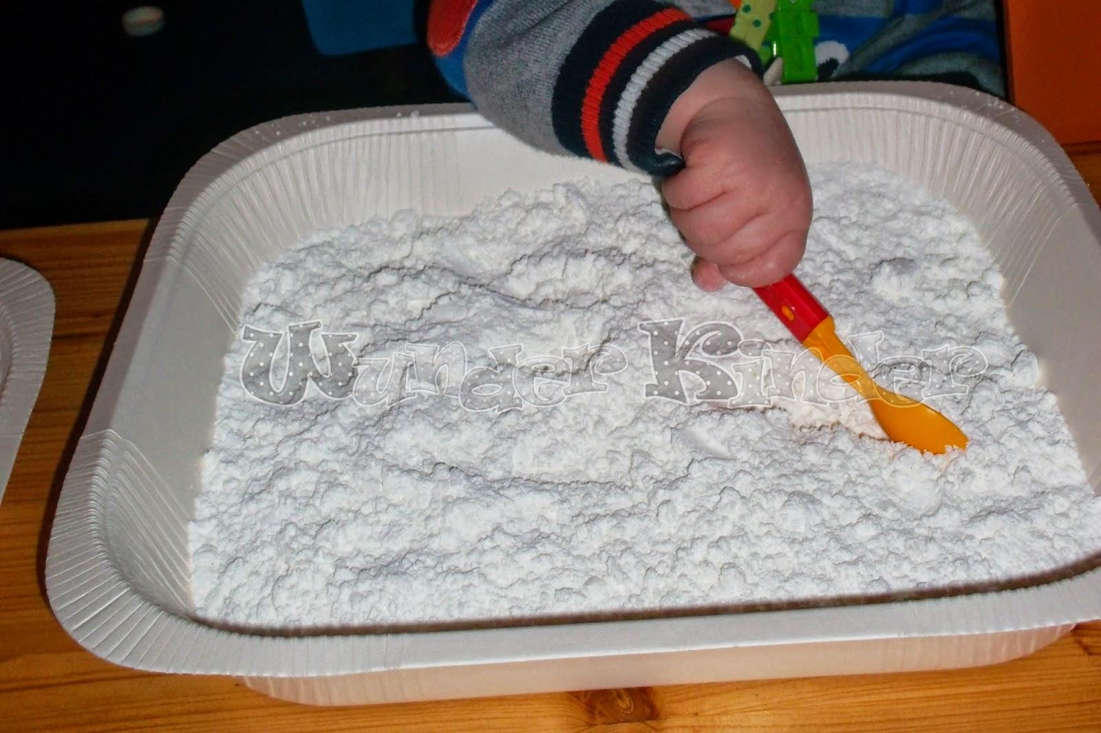 wunderbare kinderwelt wenn kein schnee kommt machen wir ihn selbst. Black Bedroom Furniture Sets. Home Design Ideas